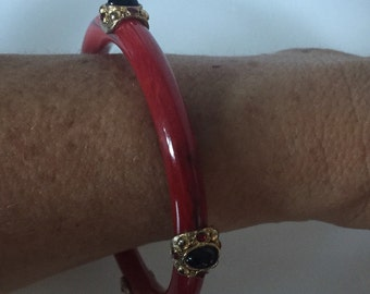 Vintage Red Lucite Faux Bakelite Bangle