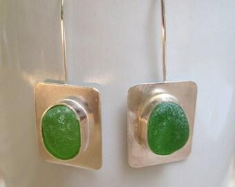 verre de mer boucles d 39 oreilles vert et verre de mer. Black Bedroom Furniture Sets. Home Design Ideas