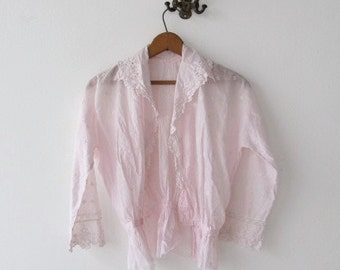 Vintage Victorian pale pink cotton shirtwaist blouse