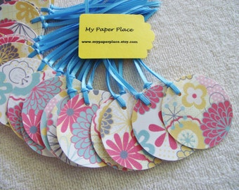 10 Round Flowered Gift Tags-Glittered Accents-Satin Ribbon-Weddings-Hang Tag- 3.00 Flat Rate Shipping