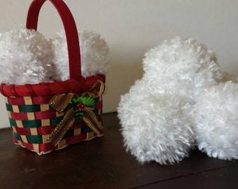 4 crochet plush snowballs and gift bag/snowball fight/snowball decor/Plush Snowballs/Snowball Game