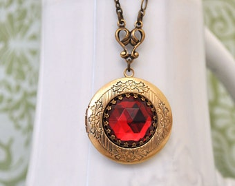 locket necklace - THE DARK ROMANCE - vintage ruby red glass jewel locket necklace in antique brass