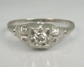 Vintage Diamond Engagement Ring - 0.15 Carats