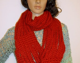 Crochet Big Chain Loop Scarf / Chain Infinity Scarf/ Large Cowl/ Chunky Chain Circle Scarf / Large Neckwarmer Circle Scarf, in Brick Red