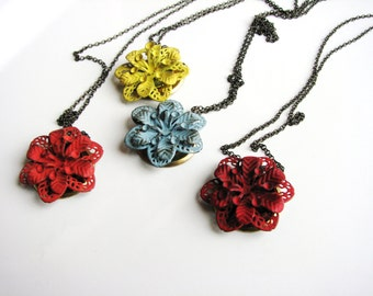 Metal Floral Necklace, Painted Metal Necklace, Flower Statement Necklace, Boho Necklace, Minimalist Jewelry, Layering Necklace
