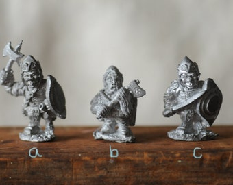 dungeons and dragons miniature, Troll warriors, unmarked