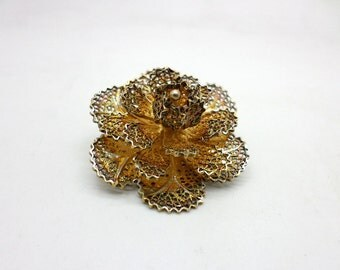 Vintage Gold Tone Metal Filigree Flower Brooch Pin