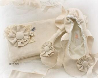Clutch, Ballet Flats, Handbag, Purse, Shoes, Bridal, Maid of Honor, Flower Girl, Flats, Ballerina Slippers, Suede, Ivory, Vintage Wedding
