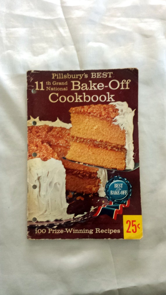 Vintage Pillsbury Cookbook. 11th Grand National by LoveDoveTrading