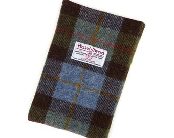 Harris Tweed iPad mini sleeve in MacLeod tartan , padded , made in Scotland