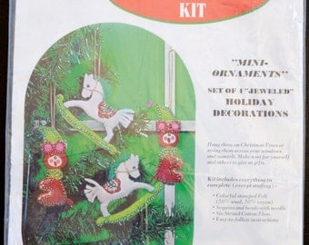 "Sultana ""Mini Ornaments"" Set of 4 Jeweled Holiday Decorations Christmas Needlepoint Kit 1151"
