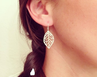Tiny Petite Leaf Dangle Earrings - Cute Simple Minimal Leaf Earrings in Silver - Perfect Gift - Simple - Love - The Lovely Raindrop