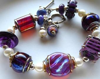 Bracelet lampwork glass freshwater pearls sterling silver