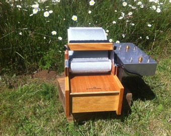 Big Brother Motorized Drum Carder With 25 Dollar Shop Coupon Carding the EASY WAY!