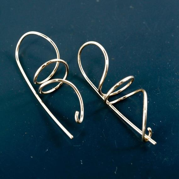 Dangle EARRINGS. Coil Earrings. Locking Earrings. Spiral Earrings. Gold Twist. Silver. Niobium nickel free  No.00E108