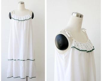 1970s White Sundress Cotton Summer Tent Dress Polka Dot detail