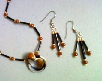 Brown, Cream and Black Neckace and Earrings (0175)