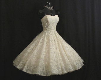 Vintage 1950's 50s STRAPLESS Ivory Lace Rhinestones Soutache Ribbon Circle Skirt Party Prom Wedding DRESS Gown