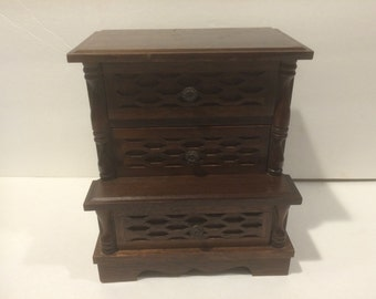 Vintage Wooden Jewelry/Music Box