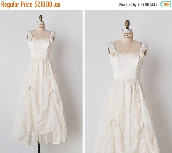 25 off sale vintage wedding dress 1970s wedding by for 1970s wedding dresses for sale