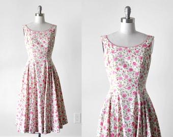 1940 pink floral dress. cotton sundress. 40's full skirt dress. white. small 1940's pink dress. print. 50's