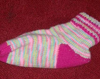 Ladies sz 8/9 slippers or boot socks-