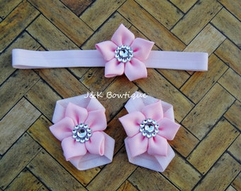 Pink Barefoot Sandal set, newborn barefoot sandals, baby headband, baby sandals, girl set, girl gift, baby shower gift, baby girl pink gift