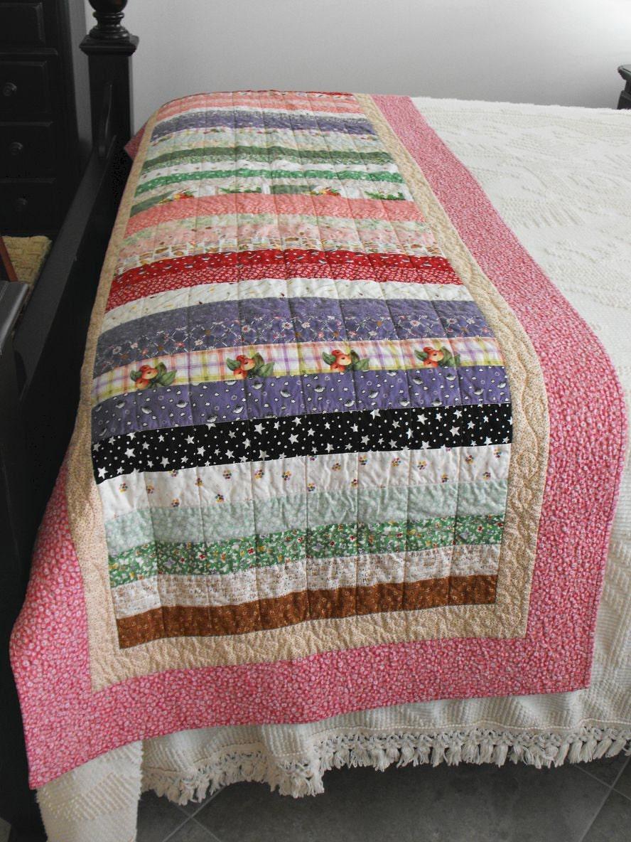handmade quilted bed runner queen or king size bed runner. Black Bedroom Furniture Sets. Home Design Ideas