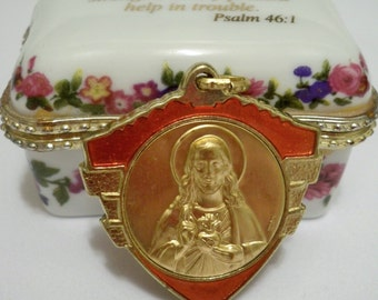 Sacred Heart rosary medal pendant for necklace - Red enamel and gold color - Marked Italy - Vintage - cheesegrits
