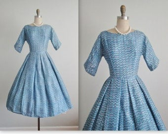 50's Dress // Vintage 1950's Blue Chevron Print Silk Full Garden Cocktail Party Dress XS