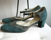 1970s t-strap green and olive grey suede wingtip heels 1940s style tstrap size 10 two tone colorblock color block leather 70s vintage
