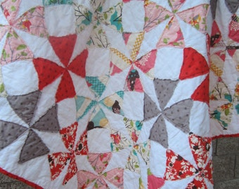 Baby Quilt.....Baby Shower Gift....Fray Edge Quilt.... It's A Hoot Fabric by Moda...Ready to Ship...Free Shipping U.S. Only