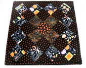Halloween Quilted Table Topper,Quilted Table Runner, Halloween Decoration, Pumpkins, Orange and Black