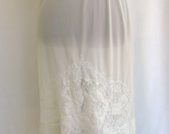 Vintage 50's 60's Half Slip White Nylon Decorative Lace Inset Size Small / S