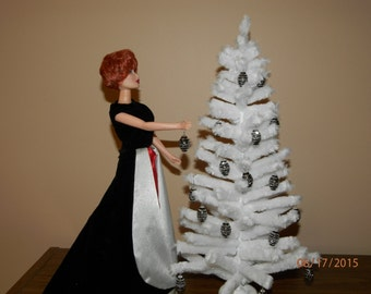 1/6 scale white chenille Christmas tree