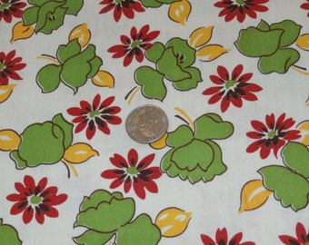 """Vintage 1940s Cotton Fabric Yardage, White Background, Green, Yellow, Red Flowers, 36"""" x 142"""""""