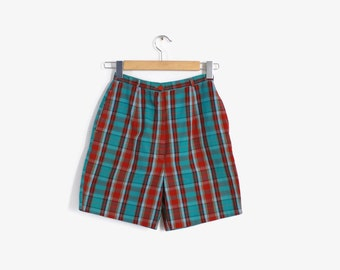 Vintage 50s Pin-Up SHORTS / 1950s High Waisted PLAID Cotton Shorts XS