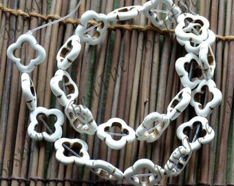 15inch 20mm Single white flower turquoise gemstone beads,Turquoise nugget jewelry, Gemstone Bead loose strands