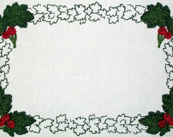 Leaves & Berries embroidered quilt label, to customize with your personal message