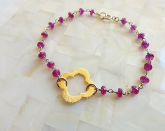 Clover Quatrefoil Vermeil Connector on Pink Sapphire Quartz Rondelle Vermeil Wire Wrapped Chain Bracelet (B1169)