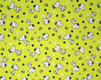 Snoopy and Woodstock Surgical Scrub Top / X Small - XX Large