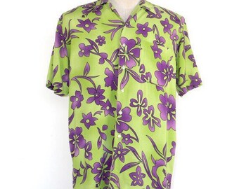 shirt, mens, men, button down, button shirt, 90s Hawaiian print green purple short sleeve jumper, size small