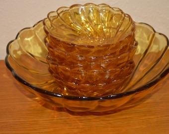 Hazel Atlas Amber Colonial Swirl Berry Bowl Set