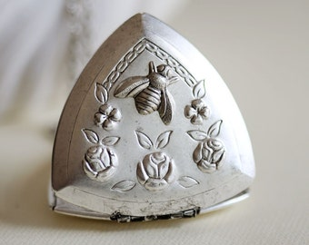 Locket Necklace,Flowers Bee Silver Triangle Locket Necklace, Floral Locket Jewelry,Pendant,Flower Locket,vintage style,Wedding,bridesmaid