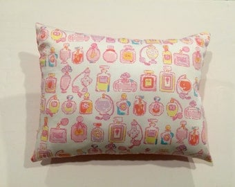 Lilly Pulitzer fabric pillow made with Resort White Sprtiz  12 X 16 inches