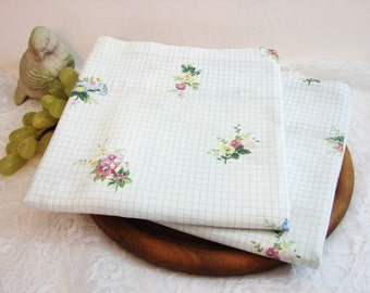 Vintage Martha Stewart Everyday Pillowcases, Standard Size, Pair, Set of 2 ... Clusters of Posies on Blue and White Windowpane Plaid
