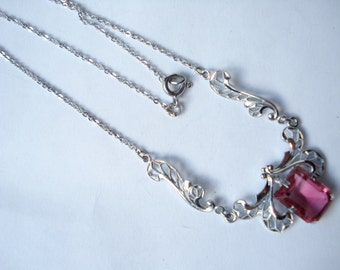 Deco Necklace Cranberry Pink Glass and Pretty Silver Tone Links 20's 30's