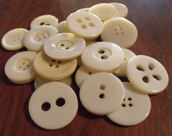 25 Ivory Large Buttons Assorted Round Crafting Sewing Buttons
