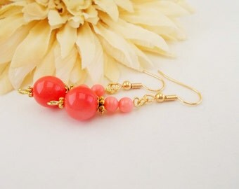 Pink Coral Earrings, Shell Beaded Earrings, Coral Bridesmaids Gift, Flower Girl Wedding Jewelry, Clip On Dangle Earrings, Mother of Pearl
