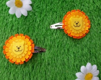 Dandy lion hair clips (1 pair) by Sausage Cats